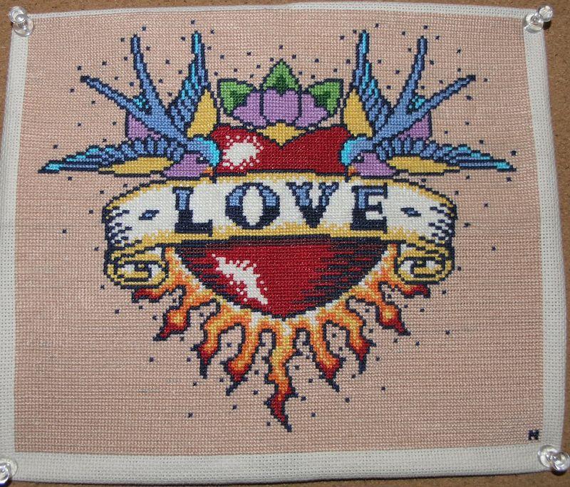 Love_CrossStich
